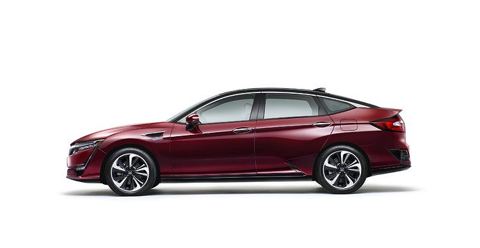Honda Clarity Re-proportioned